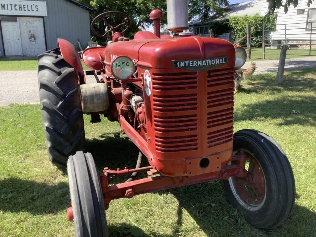 International Super W4 tractor restored