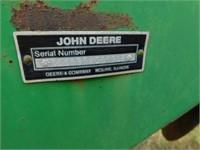 John Deere 630 double fold offset disc,