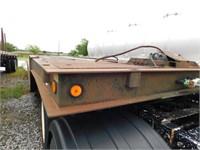 2000 Trail-Eze  48ft hydraulic dove equipment trai