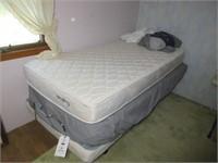 Craftmatic Adjustable Bed w/ Bedding & Remote