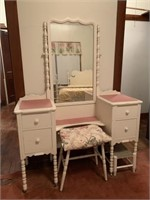 vintage bedroom suite incl. bed, vanity & chest