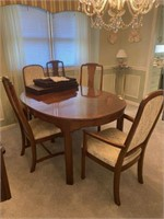 Ethan Allen Table & 6 Chairs