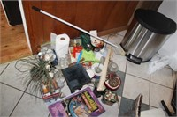 ONLINE AUCTION: ANTIQUES, PERSONAL PROPERTY, HOTEL ROAD