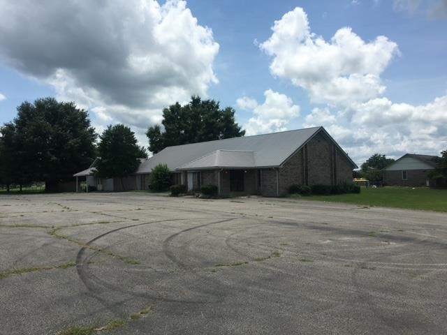ABSOLUTE ONLINE REAL ESTATE AUCTION: 3500 SQ FT COMMERCIAL B
