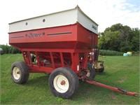 Leonard Johnson Estate Trust Farm Equipment Online Auction