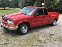 1998 Extended Cab S-10 Chevrolet at Auction