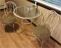 Round Glass Top Table & Chairs