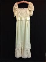 Khris & Ed Pelzer - Vintage Clothing, Sewing, Antiques, More