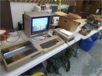 VINTAGE COMMODORE 64 COMPUTER SYSTEM