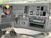 2006 Volvo VNM Day Cab Day Cab *INOP* 2WD