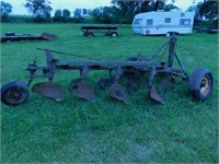 Equipment & Tool Auction / Cambridge, IL / David M. Happel E