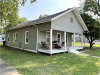 2 BR/1 BA HOME ON LARGE .4 AC CORNER LOT IN CALDWELL, KS