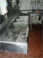 Red Barn Auctions-- former Golden Corral-Restaurant Equipmen