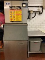 LIKE NEW PIZZERIA - DELI - CATERER NYC
