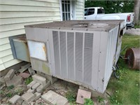 Online Auction~Woodworking, Farm Machinery, Household