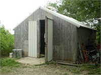 9700 Bellair Rd - Shed