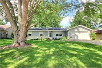 3622 Aboite Lake Dr, Fort Wayne, IN 46804