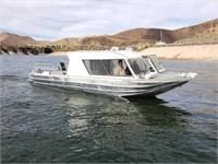 08-25-21 Online Auction - Freightliner & Boat