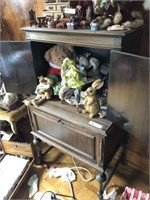Online Only Antique & Collectibles- Besecker Estate