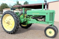 Lot 5008 - 1948 John Deere B Tractor, see catalog for more info & pics