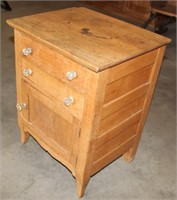 Small Vintage Cabinet/Side Table