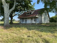Fixer Upper Home & Large Lot