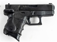 Gun Glock 27 Semi Auto Pistol in .40 S&W