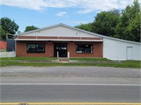 Commerical building total of 5922 sqft