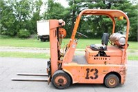 Fork Lift (Canyon Flooring) Auction