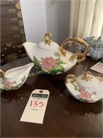 hull tea set