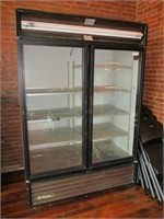 True Mod. GDM-49 Double Door Cooler