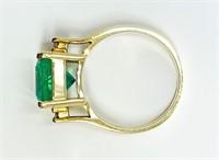 Ladies Emerald and Diamond RingForty Four Emeralds