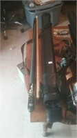 Minnesota Fats two piece pool cue with nice case