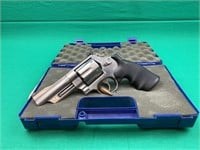 Smith and Wesson 629-4 Mountain Gun .44 magnum
