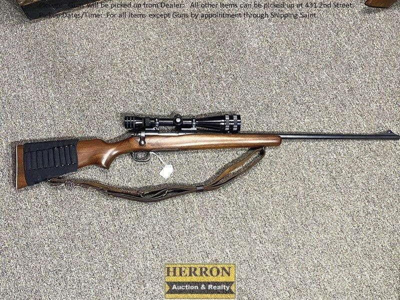 Remington Rifle Mod 722 w/Redfields Scope .222 cal