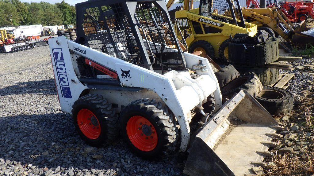 Bobcat 753 Skid Steer - No Reserve