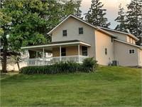 """Country"" Home on 1.16 Acres - 12311 Borah Road, Fennimore"