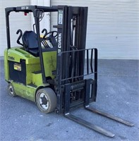 Clark 5,400Lb Electric Forklift ECG30