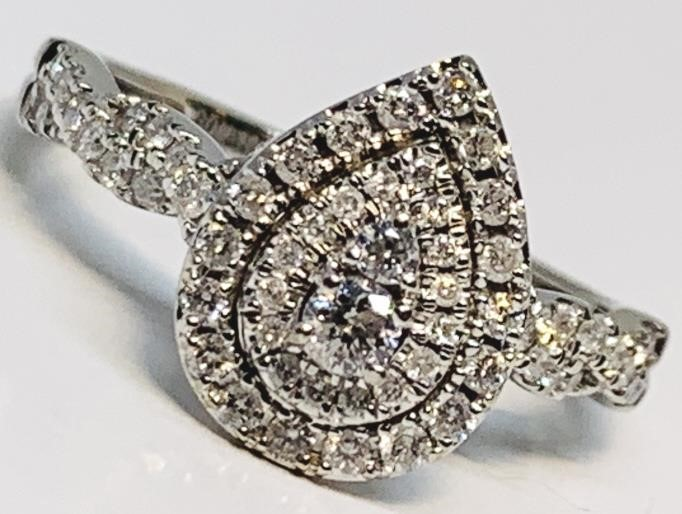 10KT WHITE GOLD 1.12CTS DIAMOND RING