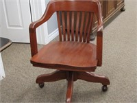Antiques, Furniture And Collectibles Auction