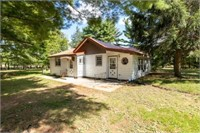 Home on Spacious Lot in Adams County WI ONLINE ONLY