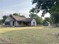 9/28 Starter Home/ Investment Opportunity on Corner Lot