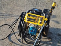 Like New DeWalt 3800 PSI Pressure Sprayer