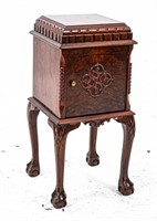 Cigar Star Humidor, Copper Lined, Carved