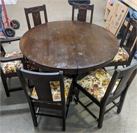 Stunning Antique dining table with 6 chairs,