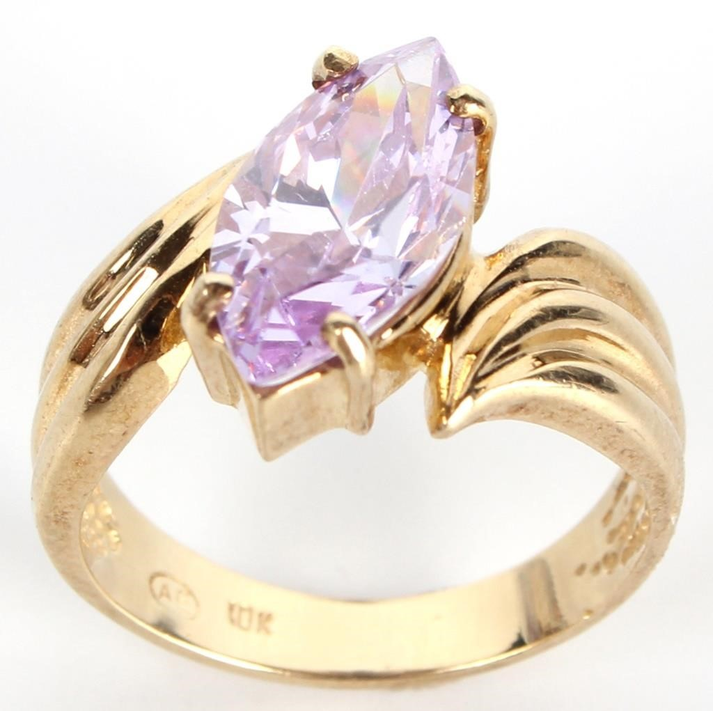 Fine Jewelry, Precious Stones, & Collectibles