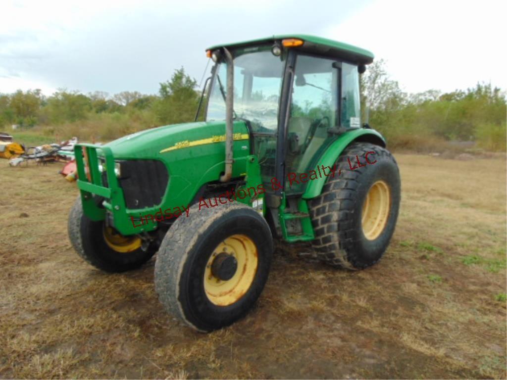 JD (5525) 91HP tractor w/ heat/air & AM/FM, --